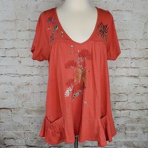 Trixie Coral Embroidered Lagenlook Top  M EUC